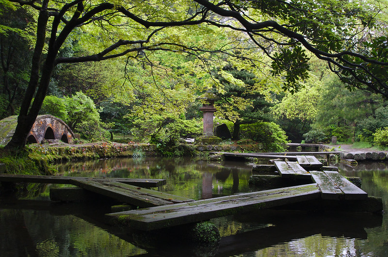 Etang à côté du sanctuaire Oyama