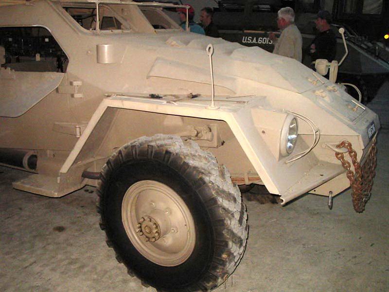 BTR-40 (2)