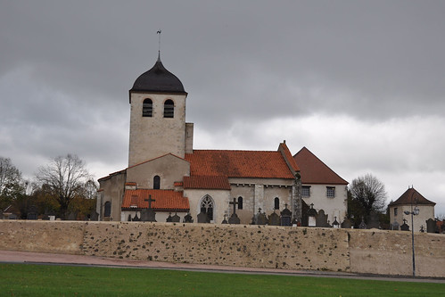Priorat de Saint-Germain-des-Fossés (Alier)   by Monestirs Puntcat
