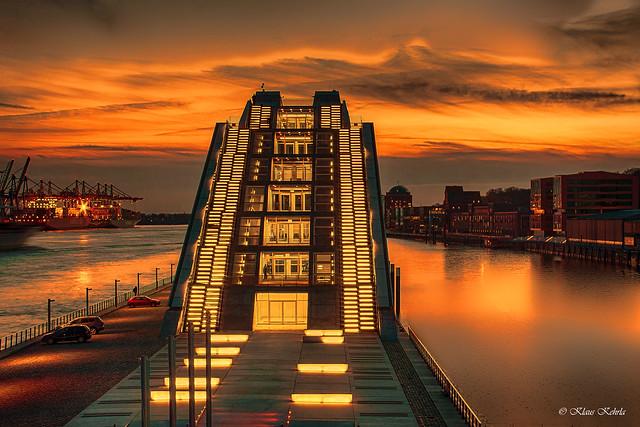 Dockland - 04041115