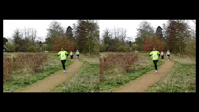 Race in slow motion - 3d crossview