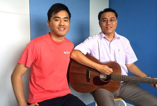 Adult guitar lessons Singapore Raymond Teng