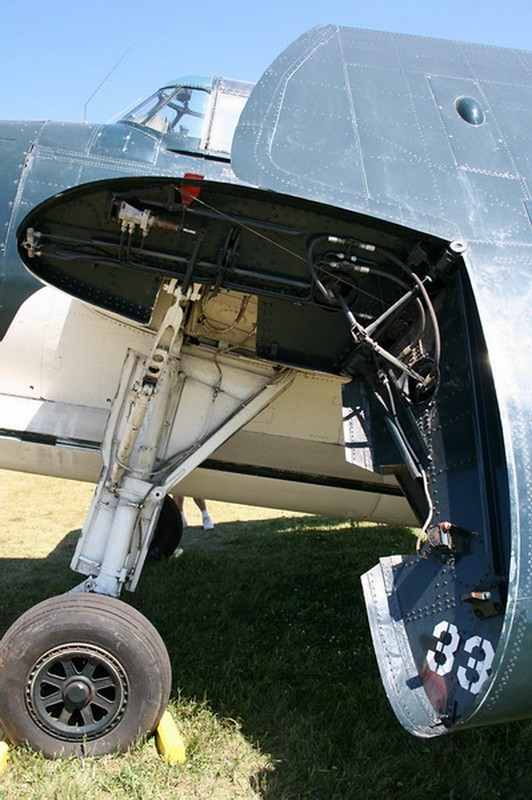TBM-3E Avenger (9)