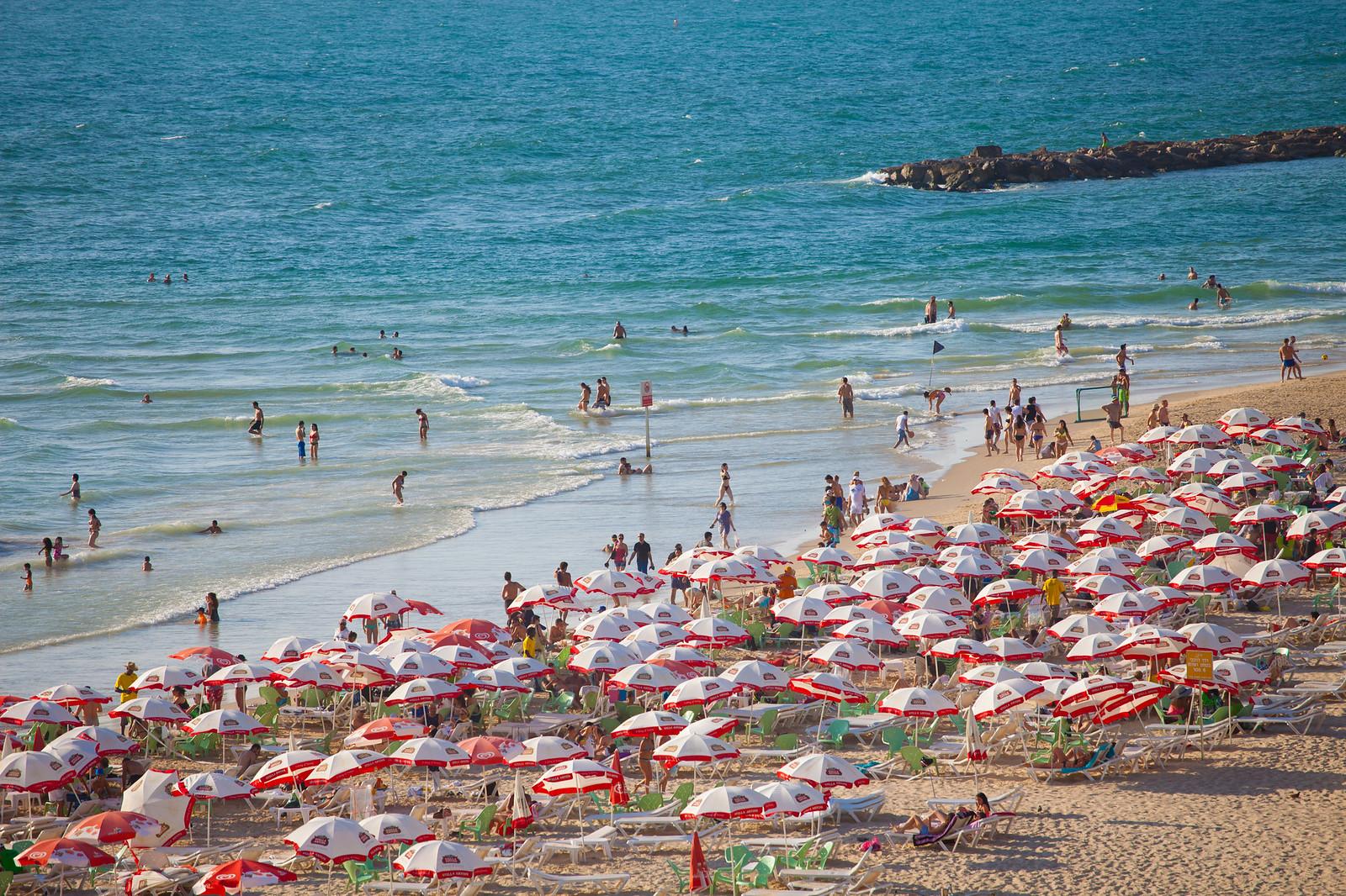Tel Aviv_ umbrellas beach _ Dana Friedlander_IMOT