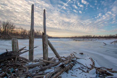 city morning winter lake snow ice sunrise river dawn mo driftwood missouri access piling missouririver cooley missouricity cooleylake