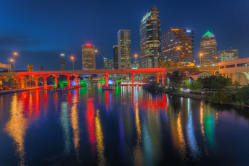 reflection skyline tampa effects florida beercan processing nik hdr hillsboroughriver photomatix lightsontampa sykesbuilding plattstreetbridge agualuces rivergatebuilding
