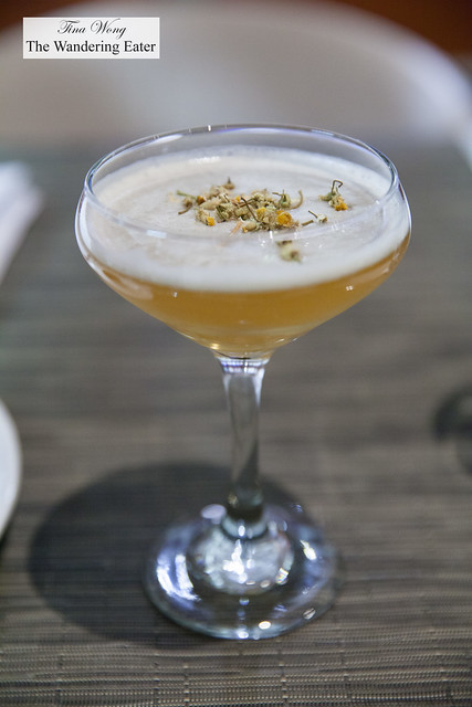 Southern Belle - Redemption Rye, Cocchi Americano, chamomile, honey