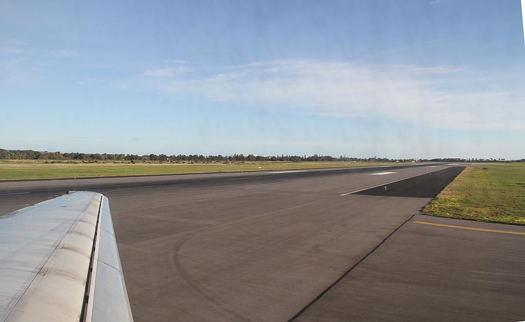Qantaslink717-23S-VH-NXE-110