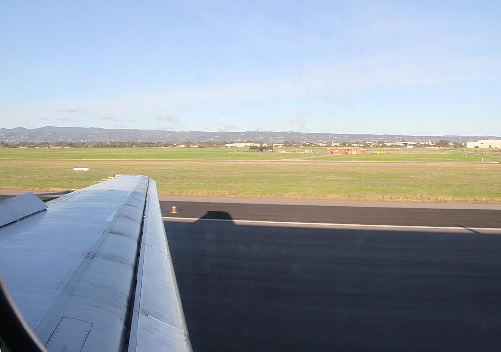 Qantaslink717-23S-VH-NXE-107