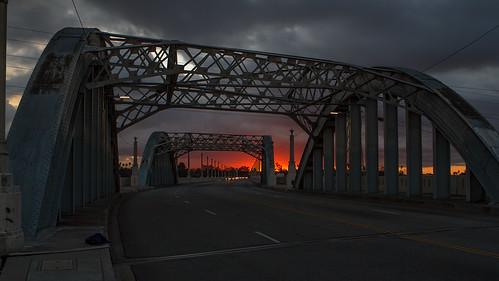 losangeles dtla lariver downtownlosangeles 6thstbridge canon7d ©shabdrophoto