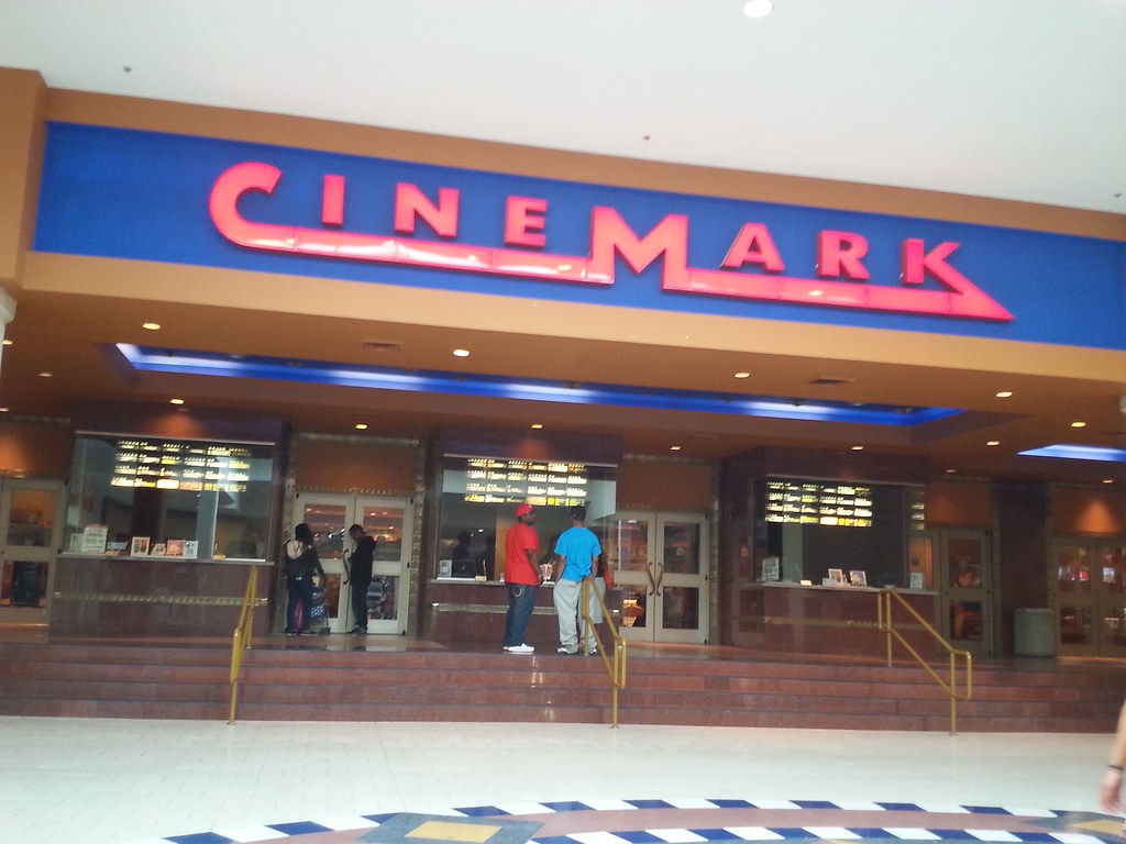 Cinemark Theaters | Cinemark Theatres (97,465 square feet) 8… | Flickr