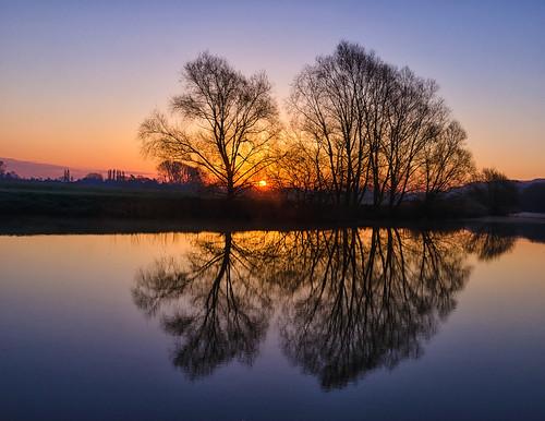 sunrise river landscape dawn nikon mood tranquility serenity serene worcestershire avon tranquil riveravon eckington d7000 jactoll