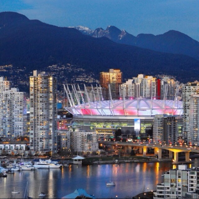 Downtown Vancouver: The World-famous Landscape Of DOWNTOWN VANCOUVER
