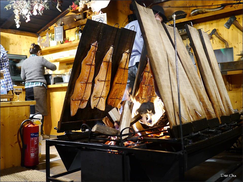 Centro Flammlachs Weihnachtsmarkt Centro Oberhausen