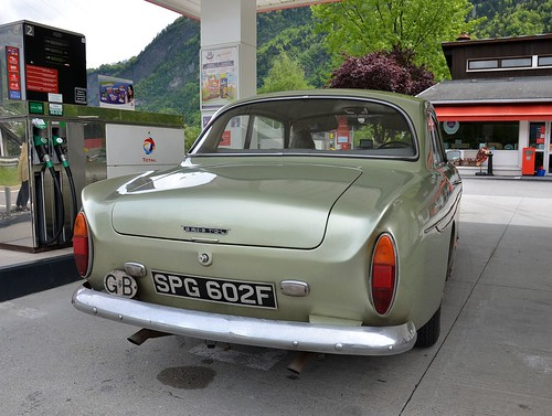 1968 Bristol 410, fitted with original Chrysler 5.2 V8 engine and auto gearbox