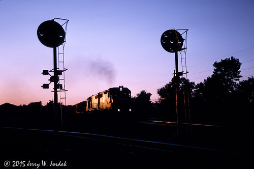 railroad sunset usa silhouette train smoke oh hudson signal cr conrail positionlight clevelandline trainelpib