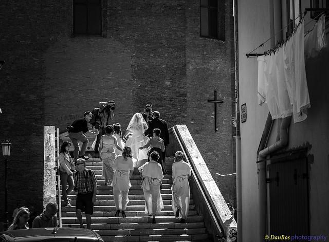Bride is arriving