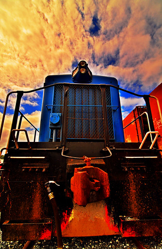 road railroad blue red sky color clouds oregon train nikon bright diesel vibrant perspective engine rail railway wideangle trains tokina transportation link locomotive f28 hdr exciting coosbay d7100 locomotivebreath 1116mm tokina1116mmf28