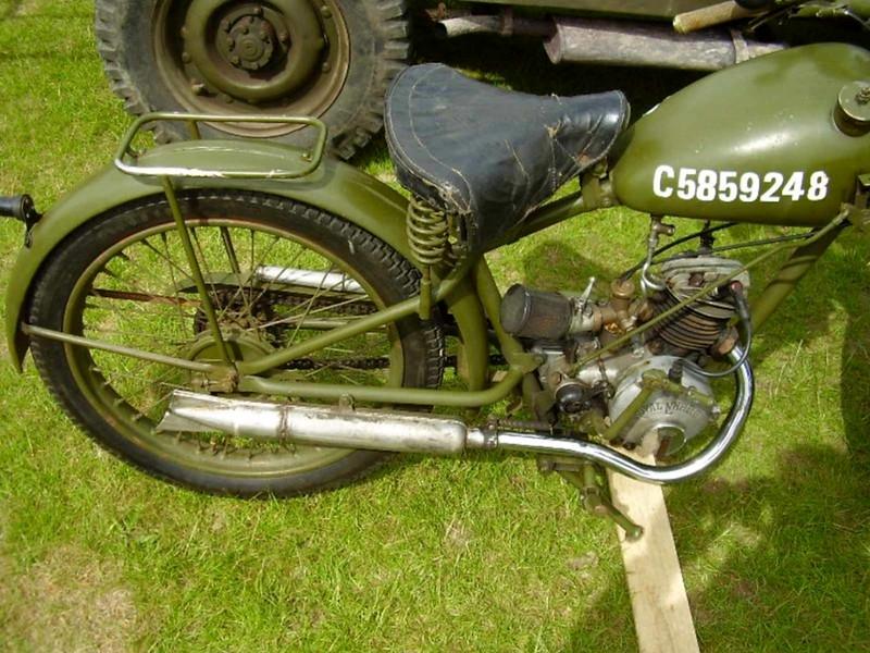 Royal Энфилд Мотоциклет (3)