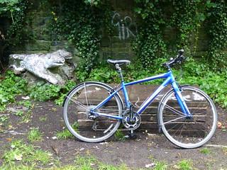 My Trek hybrid next to the Fallowfield Loop pooches