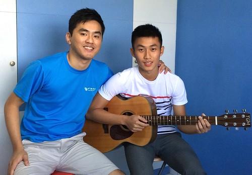 Adult guitar lessons Singapore Desmond