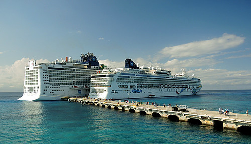 NCL Dawn and NCL Epic -1 | by KathyCat102