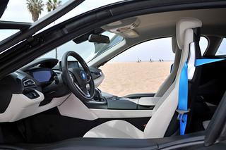 BMW-2014-i8-Int-04