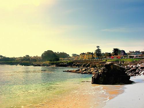 california beach monterey sand rocks pacificocean pacificgrove peninsula loverspoint loverspointbeach westcoastbeachsunrise joelach