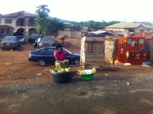 africa travel people photography photojournalism nigeria socialmedia africanculture jujufilms jujufilmstv nigerianstreetauthor roadsidehawking sellingbananasinondo