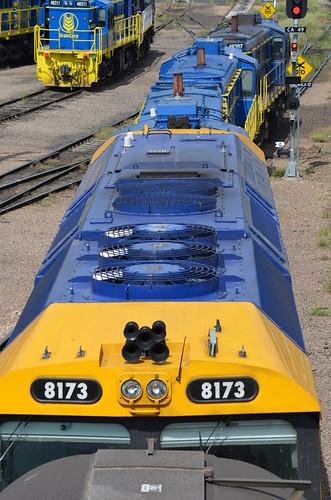 diesel rail railway loco nsw locomotive railyard cootamundra diesellocomotive pacificnational 8173 dieselelectriclocomotive 81class