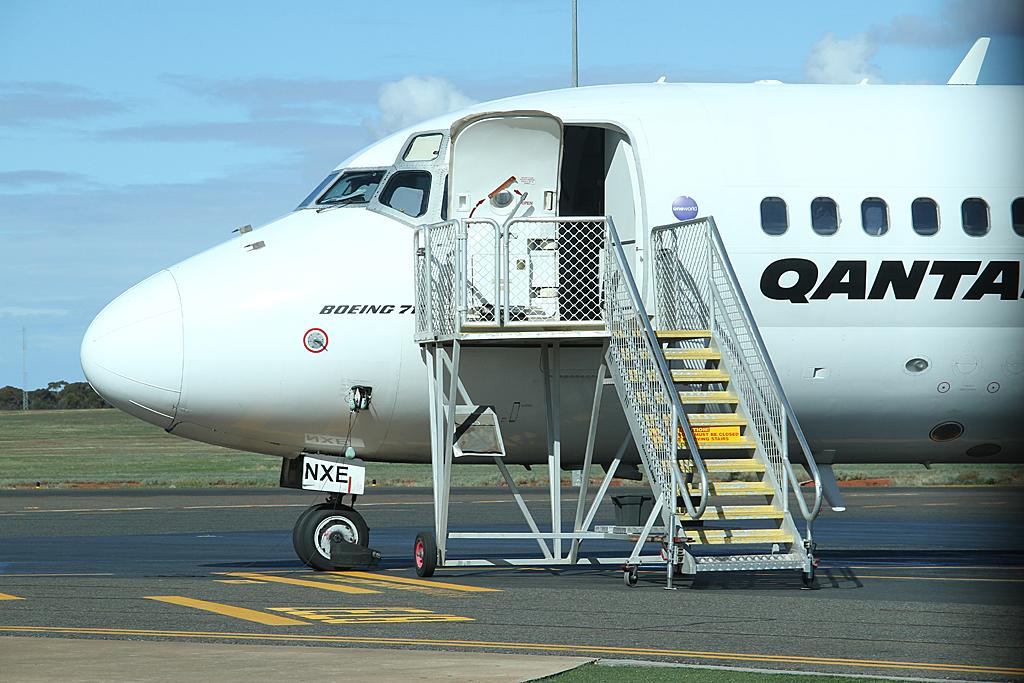 Qantaslink717-23S-VH-NXE-46