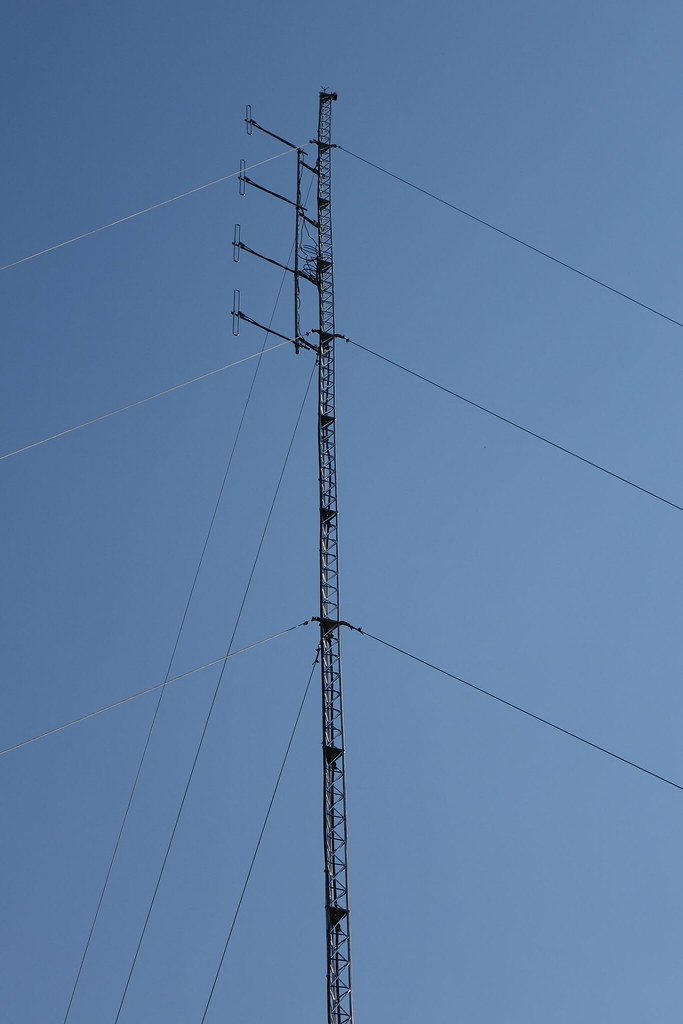 FM Tower at Chanco Community Radio Station | Steve Song | Flickr
