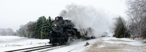 northpoleexpress snow snowscene steamlocomotive train locomotive polarexpress winter 1000views onethousandviews