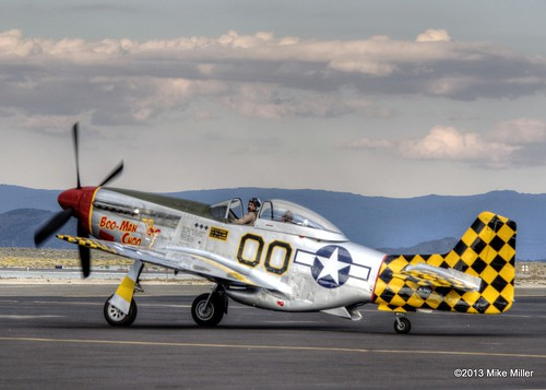 sunset plane airplane aircraft military wwii airshow mustang reno runway p51 airraces 2013