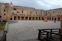 Cour de la forteresse de Salses | by La case photo de Got