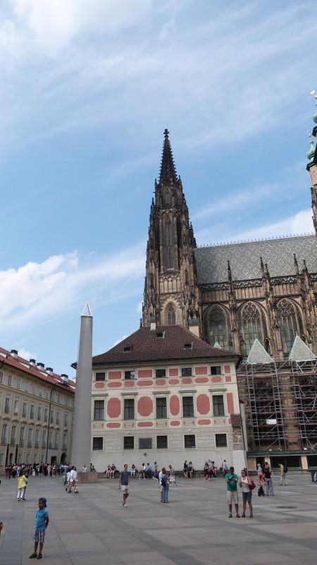 Prag-100
