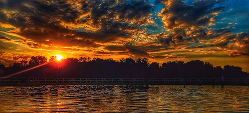 sunset sun lake reflection water beautiful minnesota clouds outdoor minneapolis mn iphone minneapolisminnesota iphonephotography iphonography iphone6