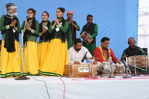Devotional Garhwali song by Roshan and Saathi from Srinagar