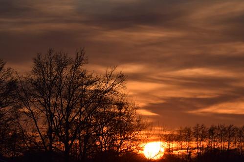 sky himmel clouds wolken sun sonne sunset sonnenuntergang glowingglühen lohne wiemarschen grafschaftbentheim fire feuer rot red