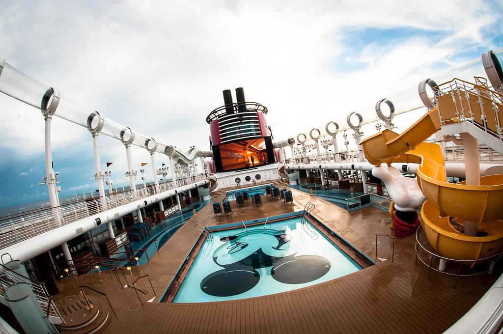 disney themed entertainment cruise
