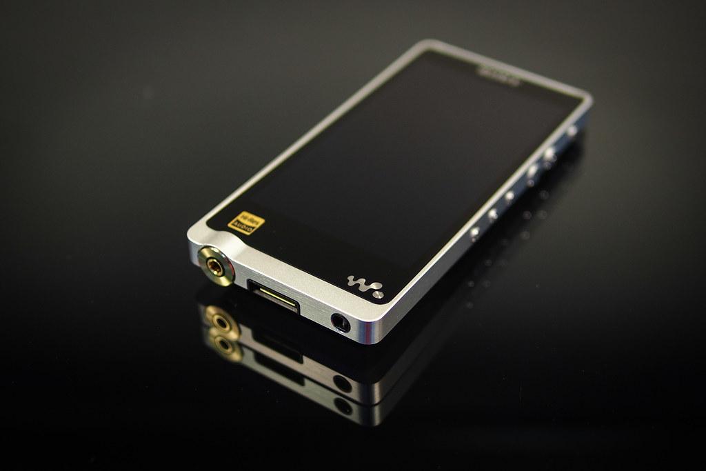 Картинки по запросу Walkman NWZ-ZX1