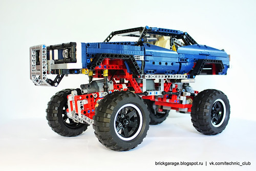 LEGO Technic 41999 4x4 Crawler Exclusive Edition   by RS 1990