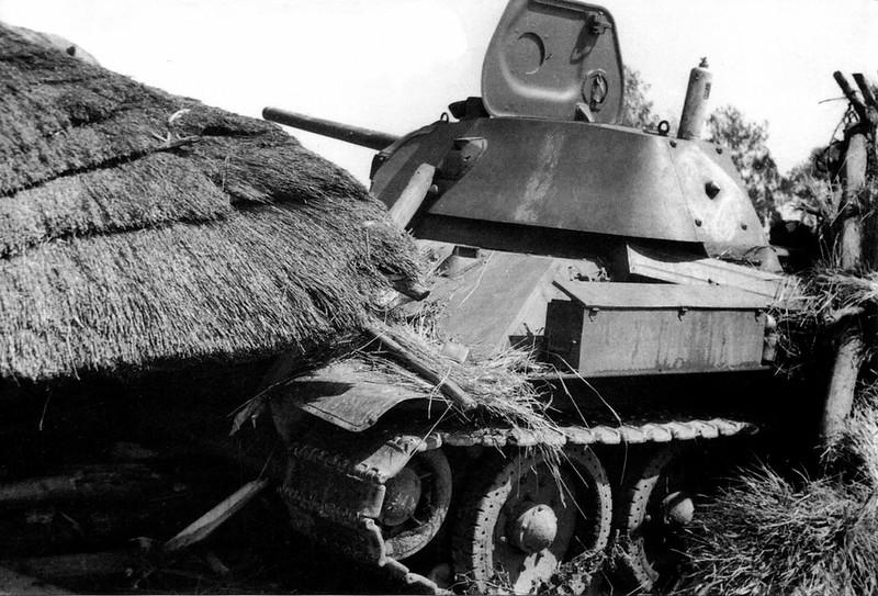 Tank T-34 (94)