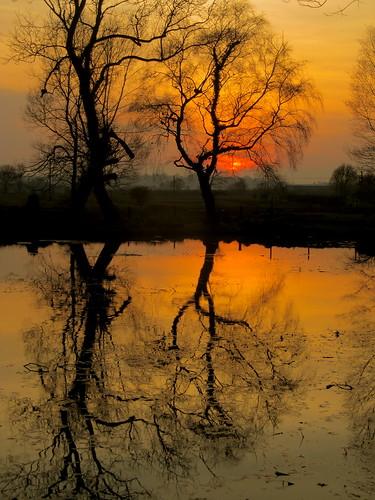 uk sunset england allrightsreserved 255 pellison petefreeman