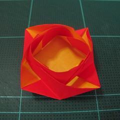 สอนวิธีพับกระดาษเป็นดอกกุหลาบ (แบบฐานกังหัน) (Origami Rose - Evi Binzinger) 018