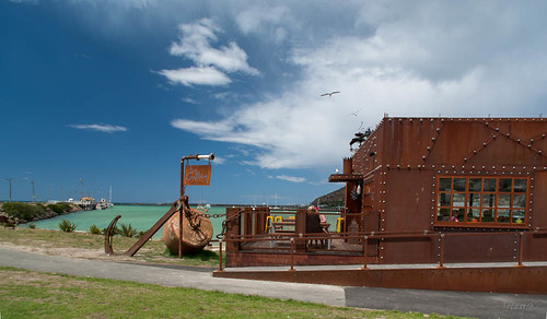 sea newzealand sky art sign clouds landscape cafe rust gallery seagull rustic hills southisland oamaru anchore tripdownsouth steampunkcafe harbourtynestreetarea