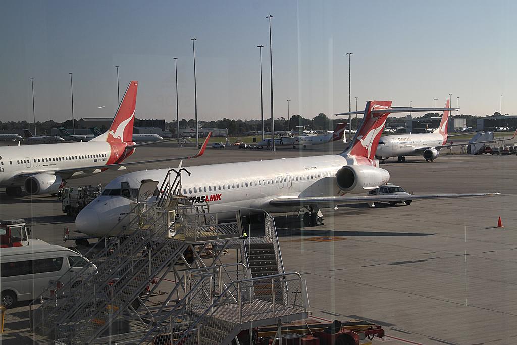 Qantaslink717-23S-VH-NXE