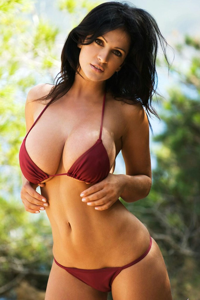 save off 4b0c2 92e69 ... Denise Milani   by Wrong Turn 2
