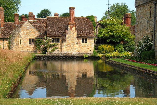 Hever Castle - A Beautiful Place That Reflects This Island's Rich History