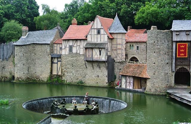 Puy du Fou: chevaliers de la Table ronde
